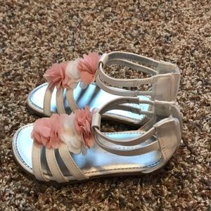 Seychelles Shoes - Super cute gladiators!  Pink and white!